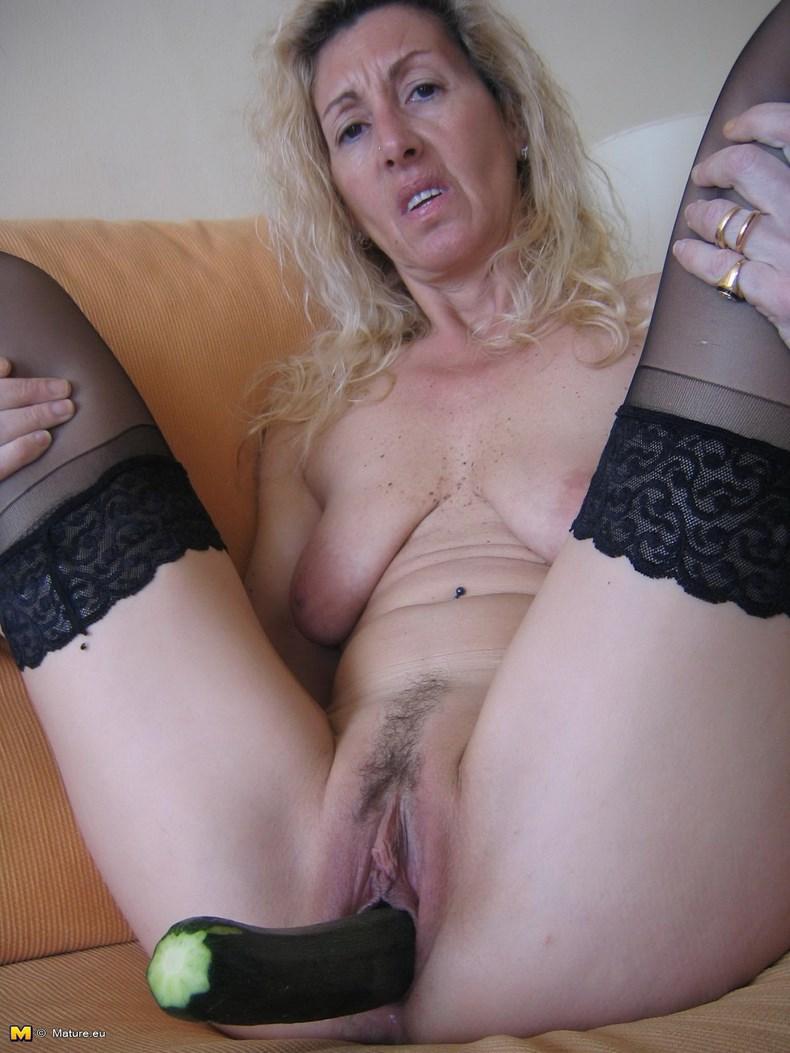 фото голих пожилих бабушек