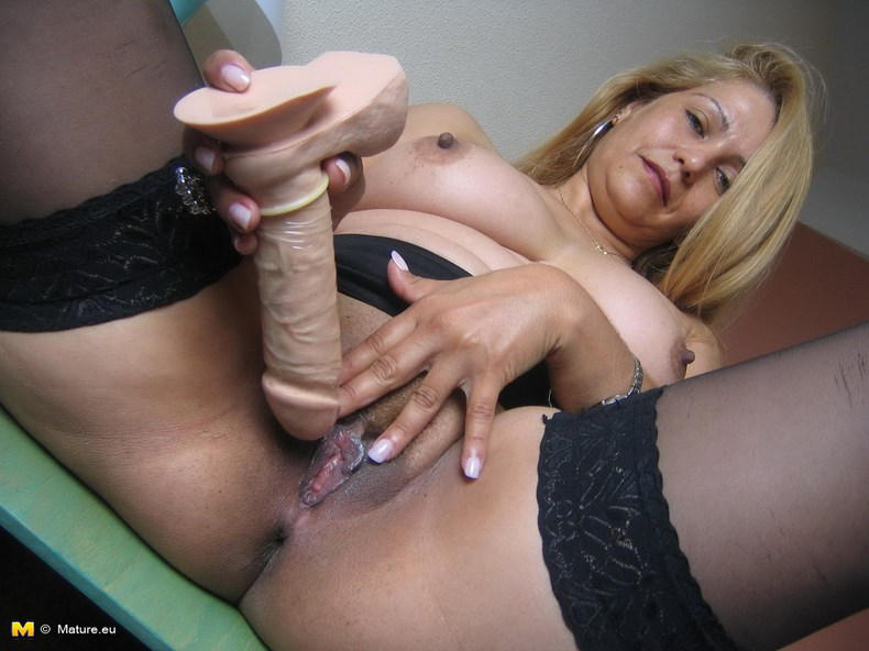 фото голих взрослых женщин
