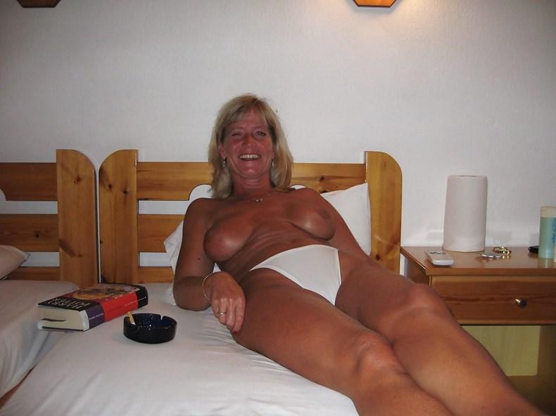 фото жоп взрослых тёть
